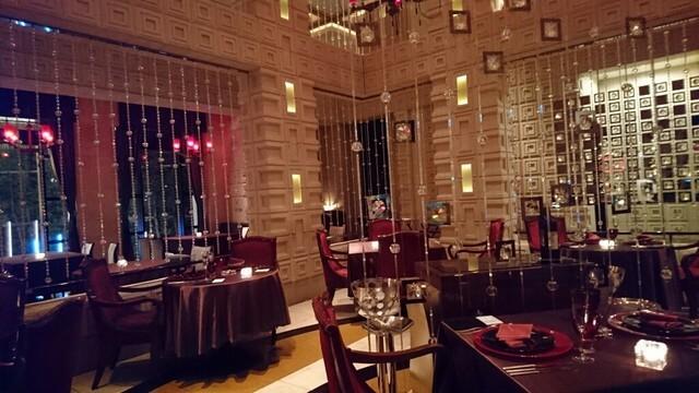 オッツィオ (RISTORANTE OZIO)【東京ベイコートクラブ ホテル&スパリゾート 1F】のインスタ映え内観画像