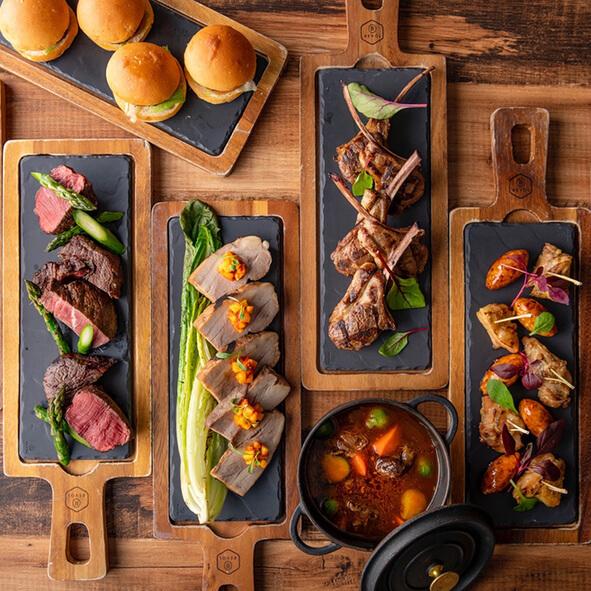 グリロジー バー&グリル【ヒルトン東京お台場】のインスタ映えお肉料理の画像