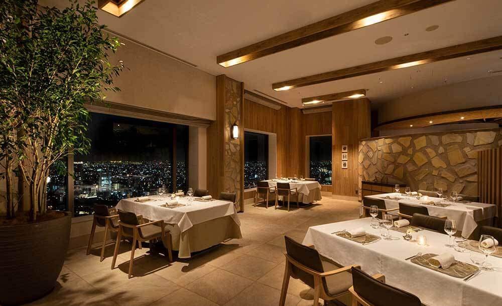 タワーズレストラン クーカーニョ【セルリアンタワー東急ホテル】の内観画像