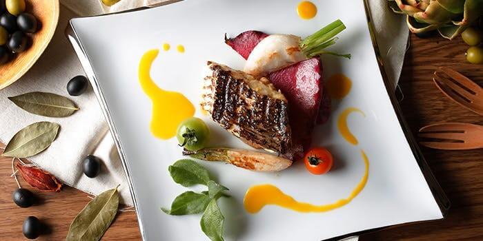 レストラン グリルテーブル ウィズスカイバー 【神戸ハーバーランドホテル クラウンパレス神戸】のランチビュッフェ画像