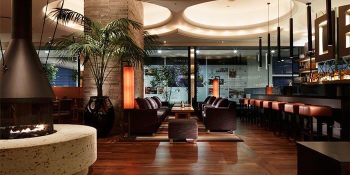 ハーバーカフェオールデイダイニング【神戸ハーバーランドホテル クラウンパレス神戸 1F】の内観画像