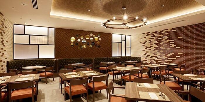 カフェ&ダイニング Chef's Palette【サンシャインシティプリンスホテル】の内観画像