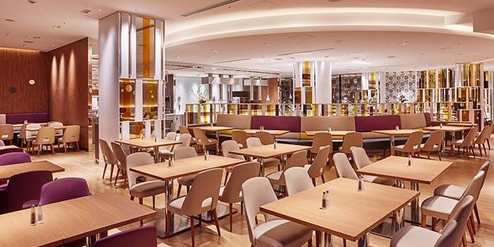 バイキングレストラン ル・プレジール【都ホテル】の内観画像